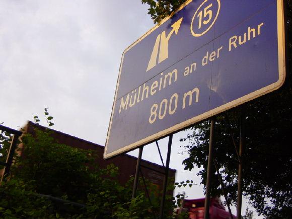 muelheim-18-autobahnschild