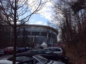 Über zwei Stunden vor dem Anpfiff erreichten wir das Frankfurter Stadion (Foto: twitter.com/AndiErnst)