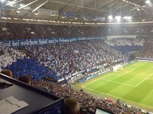 Großes Spiel, große Choreo! (Foto: twitter.com/AndiErnst)