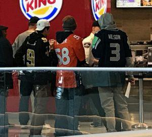 Fans vieler Vereine in der Mall of America.