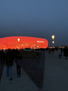 Die Allianz-Arena in München - auch im alten Olympiastadion habe ich bereits Spiele gesehen